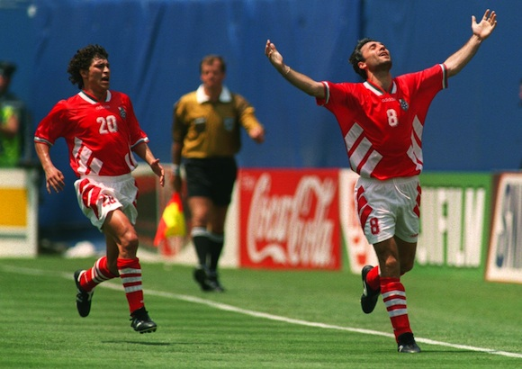 10 JUL 1994 : KRASSIMIR BALAKOV, LEFT, OF BULGARIA RUNS TO CONGRATULATE TEAMMATE HRISTO STOITCHKOV WHO CELEBRATES AFTER SCORING THE EQUALIZER AGAINST GERMANY DURING THE 1994 WORLD CUP QUARTERFINALS AT THE GIANTS STADIUM IN EAST RUTHERFORD, NEW JERSEY. Mandatory Credit: Rick Stewart/ALLSPORT